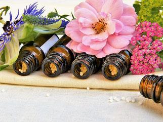 Homöopathische Arzneimittel und Blütenpflanzen