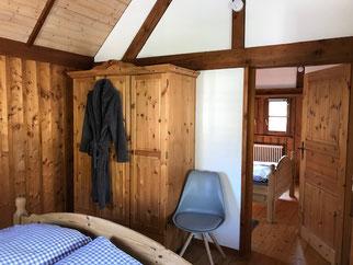 Zwei getrennte Schlafzimmer im OG