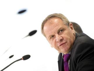 Innenminister Reinhold Gall (SPD). Foto: Daniel Naupold/Archiv