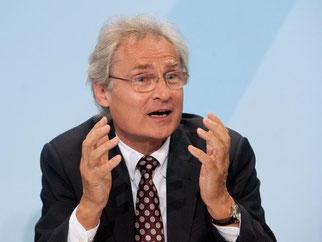 Ex-SAP-Chef Kagermann macht sich für Industrie 4.0 stark. Foto: Gambarini/Archiv