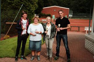 v.l.n.r. - Jaris+Birgit (2.Sieger) - Julia+Nils (Sieger) Mixed