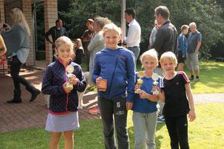 vlnr - Luisa, Daria, Sofie, Mina