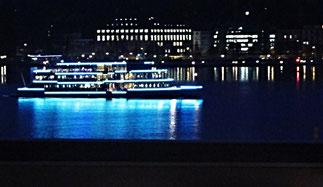 20. März 2015 - Blau, oh blaue Naht im Hafen...