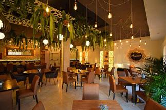 "<img src=""decoracion restaurantes.jpg"" alt=""Restaurante BODEGAS MEZQUITA"">"