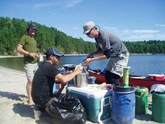 Cuisine en camping en canot Rabaska