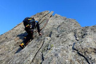 alpine rock climbing near Andermatt Bielenhorn Furka