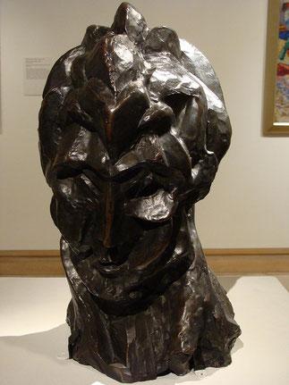 彫刻作品『女性の頭部』