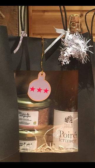 Coffret noir bouteille 75cl de Poiré + 2 terrines 180g