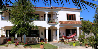 "Bed & Breakfast ""La Perla"""