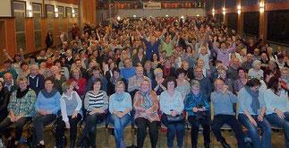 begeisterte Fans beim Kabarettduo aus Mainfranken