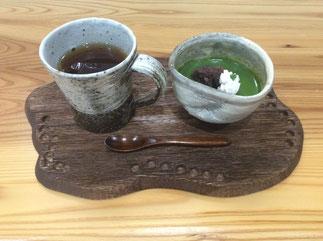 器と珈琲 Lien りあん のカフェメニュー 自家製スイーツ 濃厚抹茶ぷりん