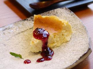 器と珈琲 Lien りあん のカフェメニュー 自家製スイーツ 豆乳チーズケーキ