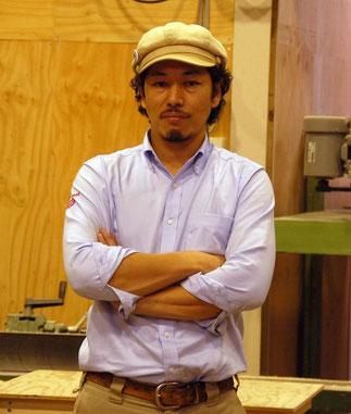 野﨑義嗣社長