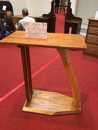 丁稚3年目河原久美子のハイテーブル