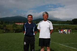 何度も都大会へ導いた高橋祐之先生(左)と寺嶋先生