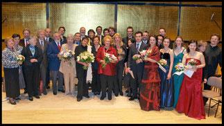 2009 Gruppenfoto FinalistInnenkonzert © Foto Fayer, 800x450pixel