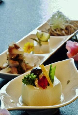 すんき漬け発酵食品木曽伝統食品ヘルシー素材の旨みそのままの豆腐温泉おんぽいグルメランチ
