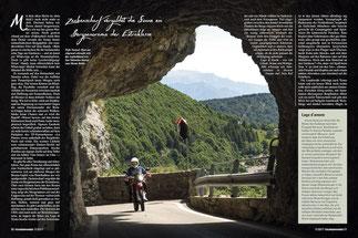Tiefe Tunnel: Hart am Abgrund schraubt sich das Asphaltband von San Valentino hinauf zum Monte Baldo.