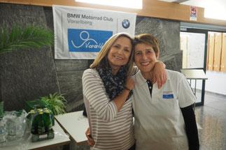 Rosi Hofer (links im Bild) mit Freundin Rosalinde - Zwei wichtige Stützen und Helfer bei allen Events des BMW-Clubs Vorarlberg