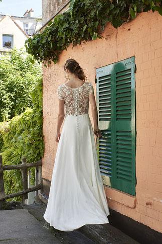 Robe de mariée Musset en dentelle avec décolleté dos