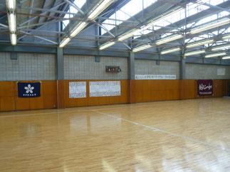 会場となった本学六甲アイランド体育館剣道場。