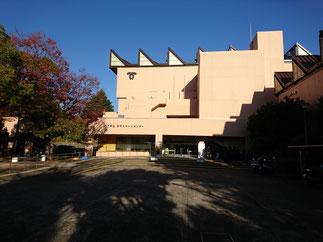 会場となった神戸市立王子スポーツセンター。