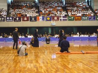 大会は筑波大学勢がベスト4の内3名を占め、決勝は同門対決となった。