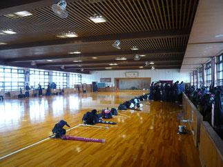 利用した剣道場は試合場を3面確保できる整備された施設