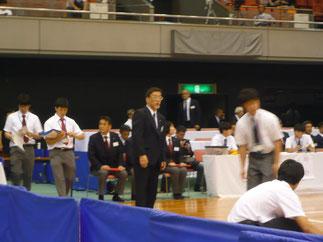 大会副委員長として学生のフォローに多忙な石田先輩。