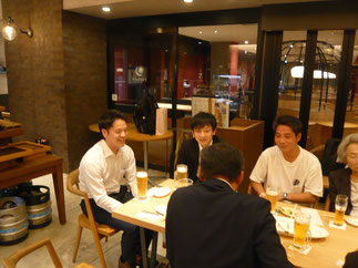 学習院は金成コーチと高橋コーチの若手指導者2名も出席。