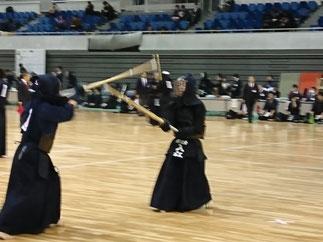 昨年度第三位入賞の同じ男子1部Aチームメンバーを率いた入江先輩(H11年卒)。