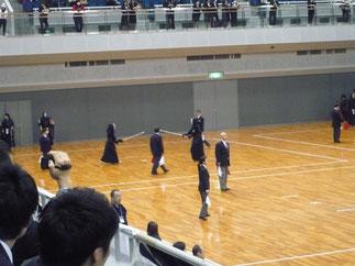 中川選手(右側)