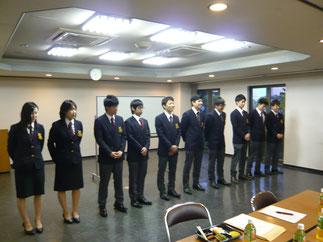 本年も大学剣道部に10名の新入生が入部