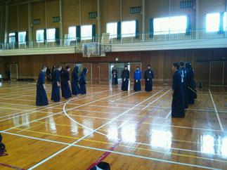合宿に参加の鳥取県立八頭高等学校と試合稽古を実施