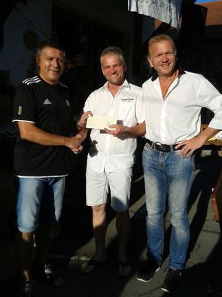 Die AH gratuliert Stephan Neukirchinger zum 50.!