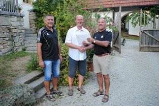 Die AH gratuliert Manfred Ritter zum 50.!