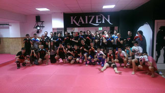 Primera clase en Kaizen Fight Club.  28/04/2015