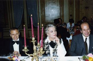 Olivier Giscard d'Estaing qui présidait, le Maire de Pacy sur  Eure ,Philippe Courtois à droite de Mme Monfrais alors qu'il devait présider une autre table avec Martine Guerrand-Hermès