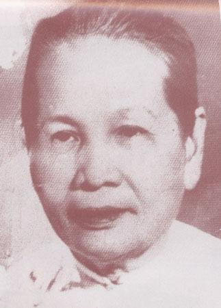 LA Reine (Tâi Nhân) NGUYÊN THI DINH, 5ème épouse de l'Empereur THANH THAI, mère bien aimée de l'Empereur DUY TÂN.