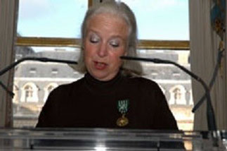 5 DEC. 2005. Michèle LE MENESTREL ULLRICH, Présidente Fondatrice : FHS FRENCH HERITAGE SOCIETY et RMHF RICHARD MORRIS HUNT FELLOWSHIP.  RECEPTION LEGION D'HONNEUR