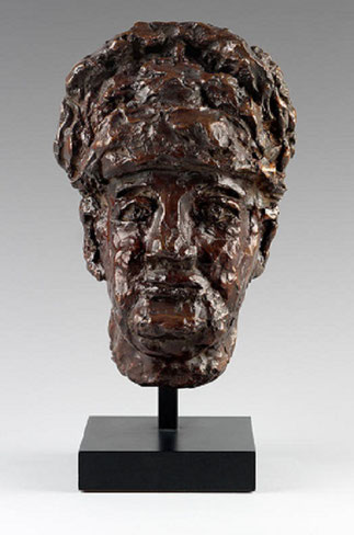 KATIA GRANOFF. 1976. Bronze. Cachet E. Godard Cire perdue.  1/6. .  30 X 19 X 16,6 cm.