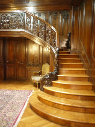 Escalier en chêne L.XV C*duquelu.worldpress.com