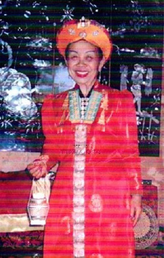 "LA ""PRINCESSE"" DEO NANG TOI, Mme LOUIS BORDIER 1914-2008 CHEF DU CLAN DE1975 à SA MORT."