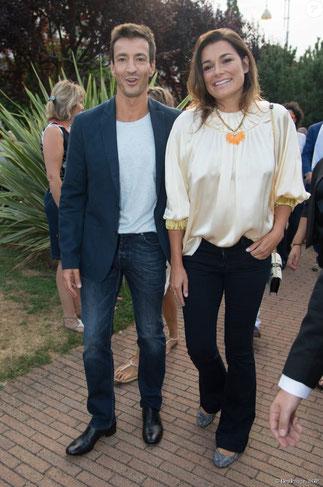Alessandro Nasi et sa compagne Alena sourient à la vieille reporter chinoise.