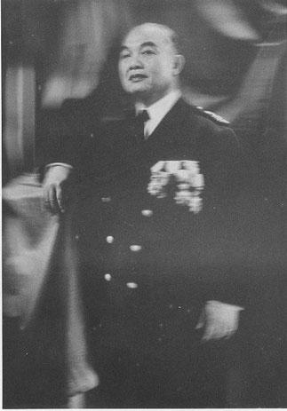SON EXCELLENCE LE SEIGNEUR DEO VAN LONG, (1887 LAI CHÂU - 1975 TOULOUSE). Président de la brève FEDERATION TAÏE   (1946-1954)..