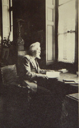 CIRCA 1935. EMILE BERNARD (1868-1941), à SON BUREAU... QUAI DE BOURBON.  C* INHA. REVUES.ORG ^^^^^^^^^^>>>>>>>