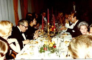 Mon Président fondateur de la FIDAL qui devait être à ma droite se retrouve en bout de table, mais ravi d'être avec Martine Guerrand -Hermès  et les autres qui ne se doutaient de rien...
