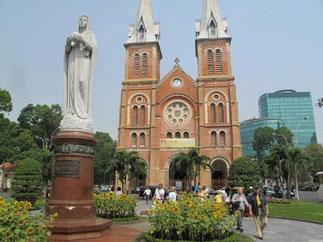 La Cathédrale Notre Dame de Saïgon.