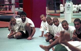 Le Pce sur le Dojo avec ses élèves