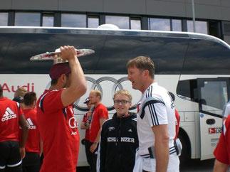 Özcan & Hasenhüttl zwei Österreicher mit der Meisterschaftsschale
